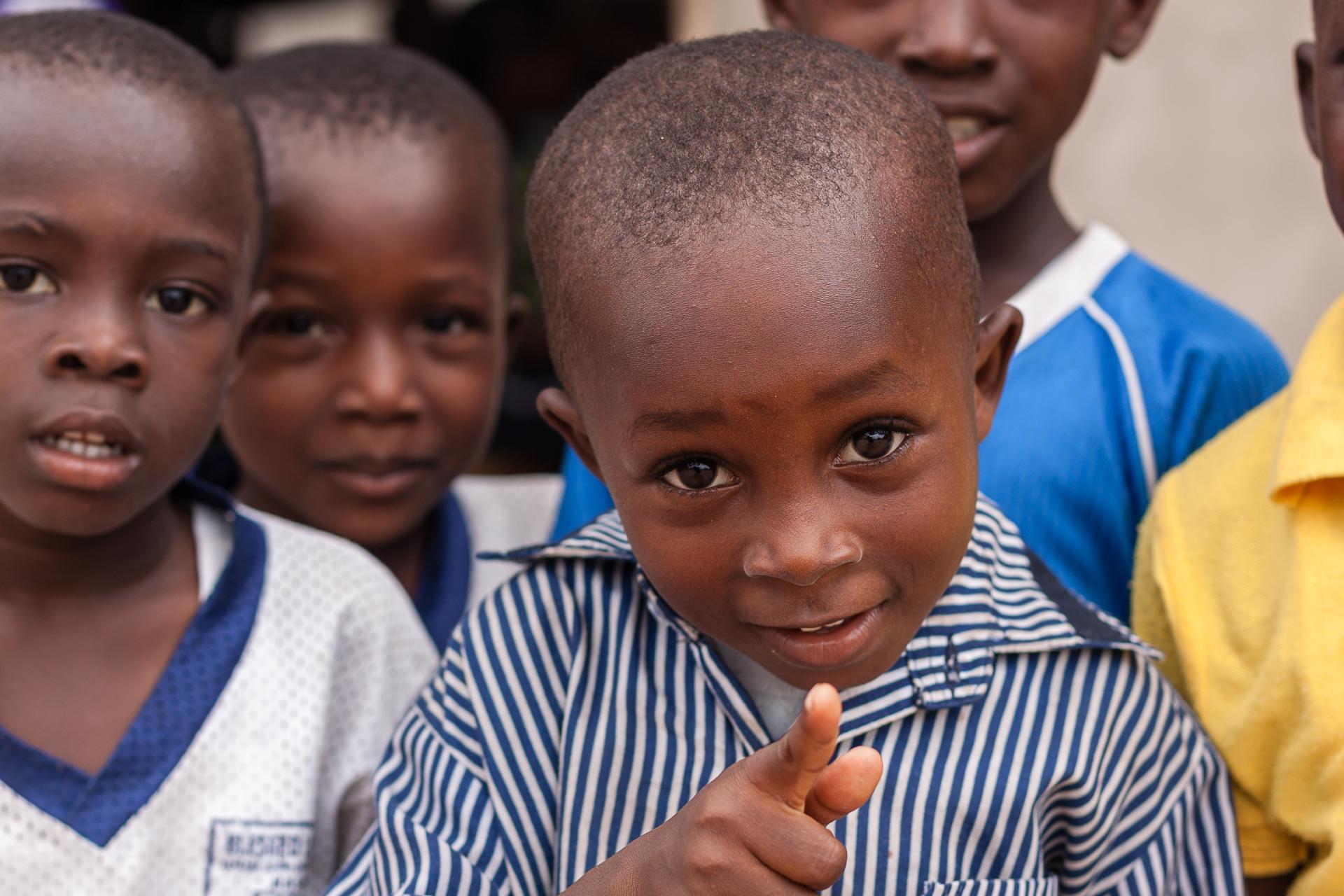 Schulkind in Ghana
